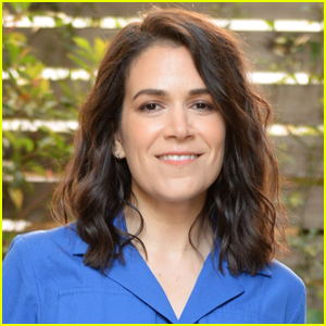Abbi Jacobson Has Revealed She's Been Dating This Fellow Actress for a Year